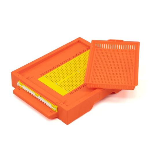 Fund pentru stup, din plastic, cu colector de polen