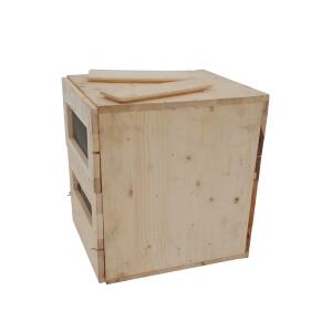 Stup vertical cu sertare si deservire posterioara pentru pavilion apicol